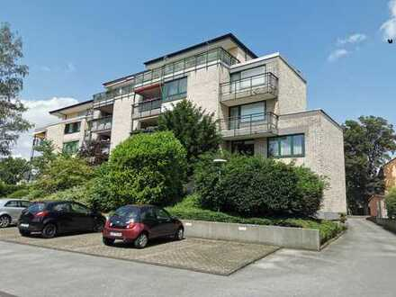 Großzügiges UnikatPenthouse + 50m² Dachterrasse + Hohe Wohnkultur + EinzelGarage + Aufzug bis Keller