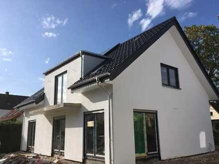 Erstbezug mit Balkon: attraktive 3-Zimmer-OG Wohnung in Bad Salzuflen