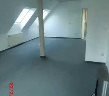 3 1/2 Zi, Dachwohnung mit gr. Dachterrasse an S-Bahn