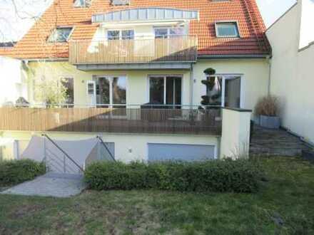 !!! Exklusive und geräumige 3-Zimmer-Wohnung mit Terrasse und Garten in Düsseldorf