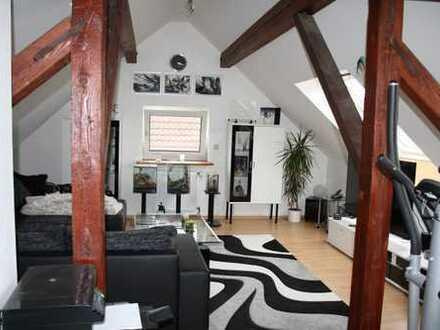 Attraktive 3,5-Zimmer-Maisonette-Wohnung mit EBK in MA-Seckenheim