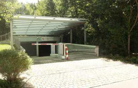 Großzügiger & sicherer Tiefgaragen- Einzelstellplatz in Top Zustand