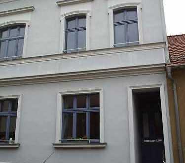 Bild_Helle, geräumige 2-Raum-Wohnung in der historischen Altstadt von Treuenbrietzen !