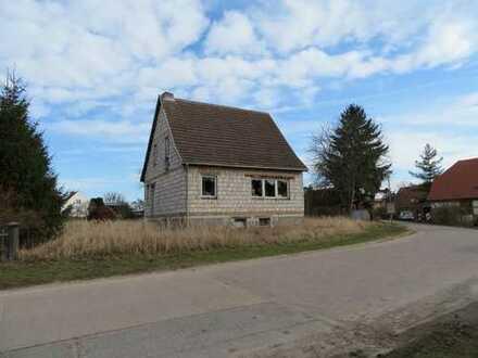 Einfamilienhaus-Rohbau in Melzow / Uckermark