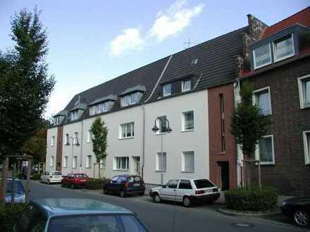 Wesel-Stadtbereich: Zentrumsnahe 2-Raum-Whg. ab 01.05.2020 zu vermieten