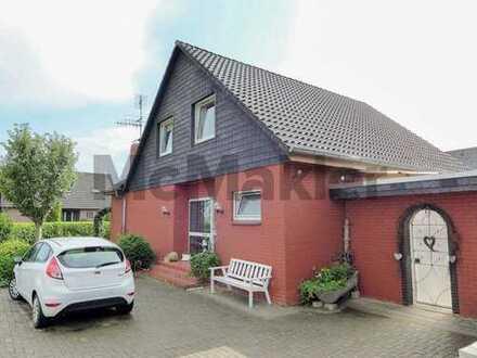 Sehr gepflegtes EFH mit schön angelegtem Garten und Garage