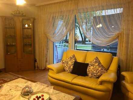 4-Zimmer EG Wohnung in Frankfurt Griesheim - EBK + Garten