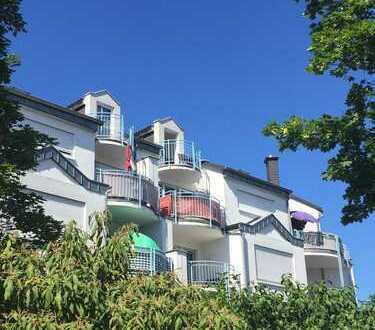 Schnell zugreifen - tolle Maisonettewohnung mit drei Balkonen und Tiefgaragenplatz in Limburgerhof
