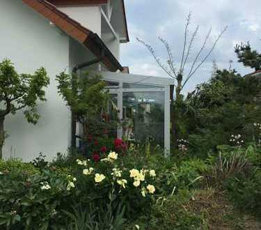 Gepflegte 3,5-Zimmer-Erdgeschosswohnung mit Garten und EBK in einem Zweifamilienhaus in Heilbonn