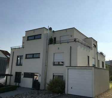 Gepflegte 3-Zimmer-Wohnung im EG mit Terasse und EBK in Bretten