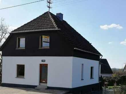 Einfamilienhaus in zentraler Lage in Altenkirchen (Westerwald) (Kreis), Birken-Honigsessen