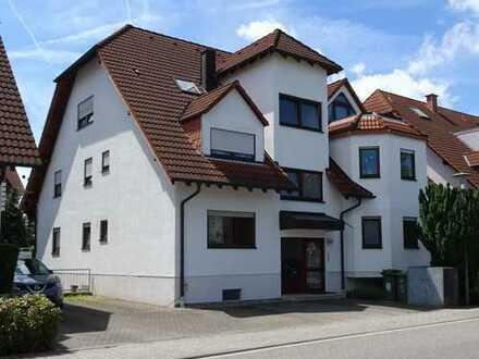 Schöne vier Zimmer Wohnung in Rhein-Neckar-Kreis, Reilingen