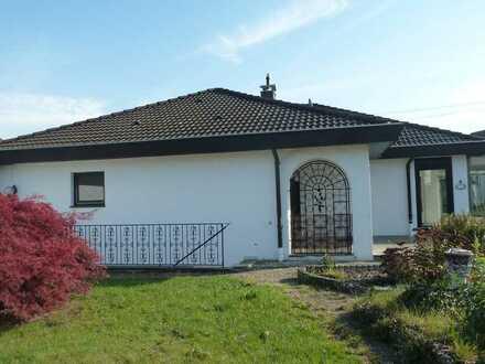 Attraktiver Bungalow mit Wintergarten, Terrasse und Garten in ruhiger Wohnlage in Bopfingen