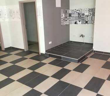 Gemeinsam Wohnen und Arbeiten! Offen gestaltete 3ZKB Wohnung inkl. 2-Zimmer-Gewerberaum und Lager!