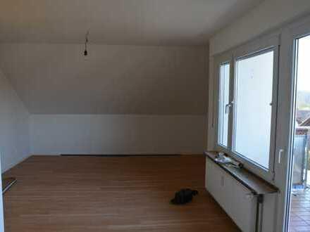 Schöne 3-Zimmer-Dachgeschosswohnung in Mochenwangen