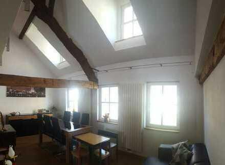 Charmante Wohnung in einem Fachwerkhaus Nahe Köln