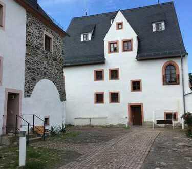 Wohnen auf Schloss Wildenfels - schöne 2 Raum-Wohnung ab 01.12.2019 wieder zu vermieten