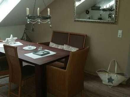 Penthouse-Wohnung in Bredstedt mit Kaminofen, Südbalkon, Carport Stellplatz+Gartennutzung