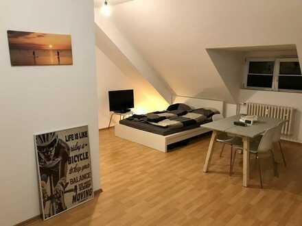 Geräumiges Appartement mit EBK in zentraler Lage!