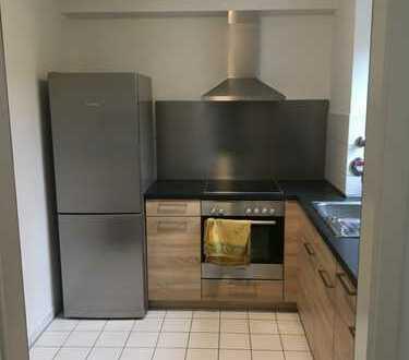 Exklusive, vollständig renovierte 2-Zimmer-EG-Wohnung mit gehobener Innenausstattung in Leonberg