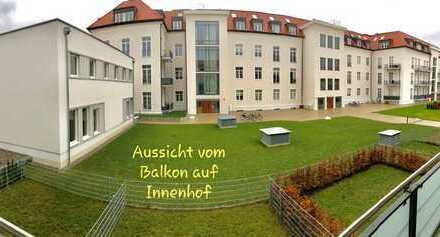 Neuwertige Wohnung - Altstadt - Tiefgarage, EBK & sonniger Balkon