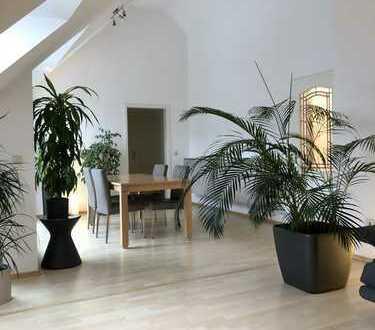 Exklusive Dachterrassenwohnung 3,5 ZKB Dachterrasse und Balkone