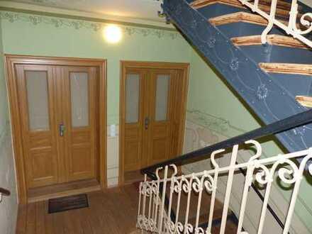 Sanierte 4-Raum-Whg, überall Fußbodenheizung, mit Terrasse