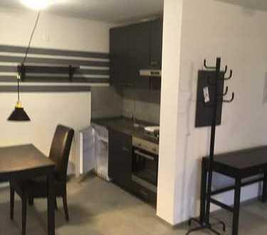 Schicke 1 Zimmer Wohnung, möbliert, 799 Euro Warmmiete inkl. Nebenkosten und Tiefgaragenstellplatz