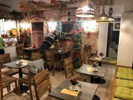 Restaurant mit angrenzendem Caffe Bistro gegen Ablöse zu verkaufen, günstige Miete
