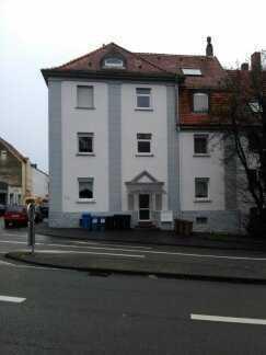 Gepflegte 1-Raum-Dachgeschosswohnung mit Einbauküche in Pirmasens Südstadt