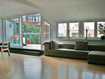Modernisierte Wohnung mit vier Zimmern in ruhiger, zentraler Lage mit SW-Balkon und EBK in Münster