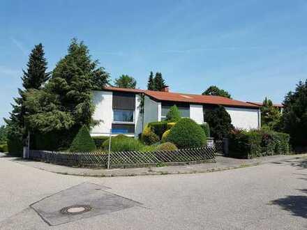 Achtung Handwerker! Renovierungsbedürftiges Einfamilienhaus in bevorzugter Wohnlage!