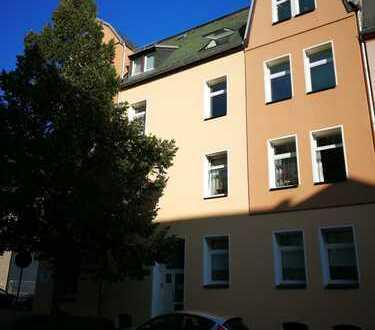 Freundliche, vollständig renovierte 2-Zimmer-Wohnung zur Miete in Aue