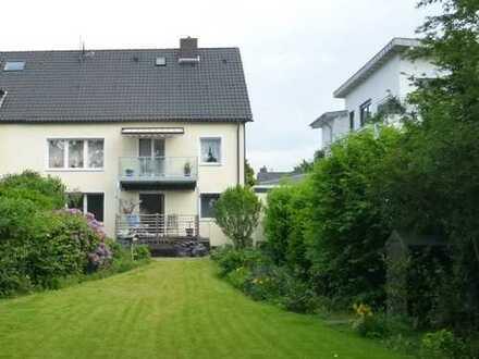 Top saniertes Zweifamilienhaus mit Ausbaureserve