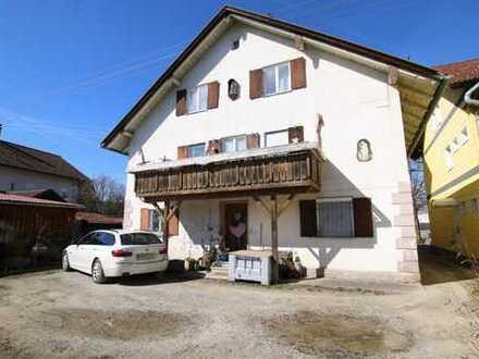 Sanierungsbedürftiges 2-/ bis 3-Familienhaus in Betzigau