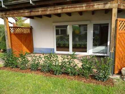 1373 – Ausschließlich für Wochenendpendler o. kleine Büros! 2 Zi. ELW mit Terrasse in Deckenpfronn!