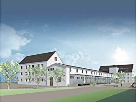 Neu sanierte, denkmalgeschützte Altbauwohnung mit neuer Küche, Garage und Stellplatz