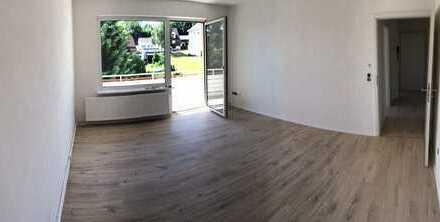 Renovierte Wohnung 3 Zimmer- Balkon