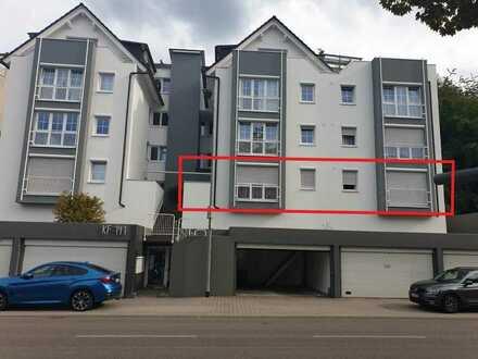 Schöne , neuwertige 4-Zimmer-Wohnung mit großer Lagerfläche (ca. 170m2) in Pforzheim