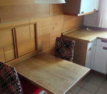 Möblierte 3-Zi. Wohnung in zentraler Lage - 2 Schlafzimmer!