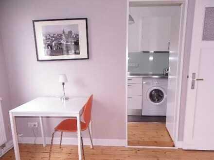 gut geschnittene 1 Zimmer Wohnung/ möbliert/ separate Küche/ Vollbad/ Gartennutzung/ ab sofort frei