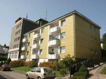 Modernisierte 2 Zimmer Wohnung mit Balkon in Kuhlerkamp