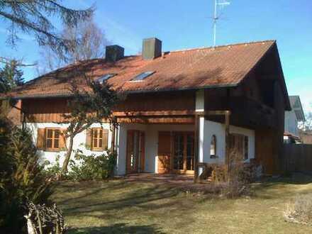 Gemütliches Einfamilienhaus mit herrlich sonnigem Garten, 15 Minuten zum Ammersee