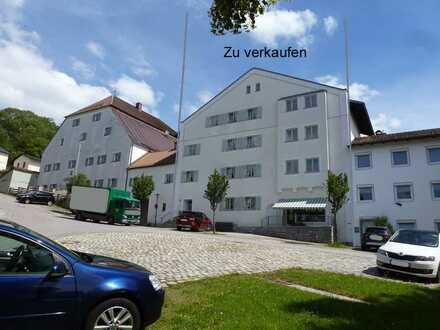 Gewerbeobjekt mit Potential in Kirchberg i. Wald