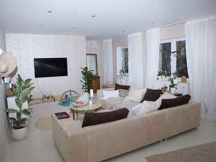 Aussergewöhnliche, großzügige Eigentumswohnung über 2 Etagen im Zentrum von Bous zu verkaufen