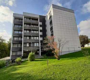 In Kaufbeuren: Sonnige 2ZKB Wohnung, großer Balkon im obersten Stockwerk, TG