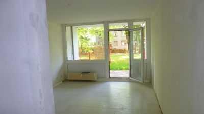 Modernes 1 Zimmer Appartement mit Terrasse zu vermieten!