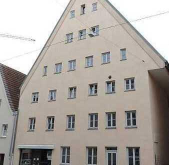 3 ZKB + Balkon - Augsburg-Innenstadt in historischem sanierten Gebäude (LG/W7)