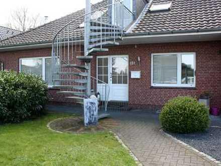 Moderne 3-Zimmer-Wohnung mit 3 Terrassen und EBK in Schortens