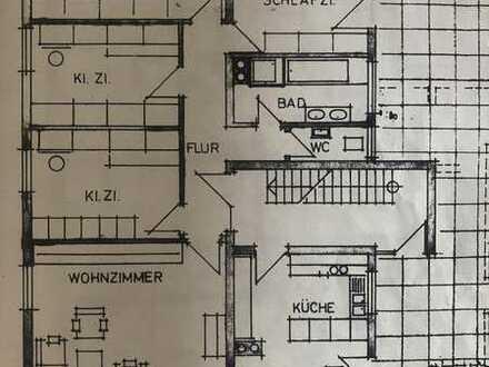 Große 5-Zimmer-Wohnung mit Balkon und EBK in Iggingen